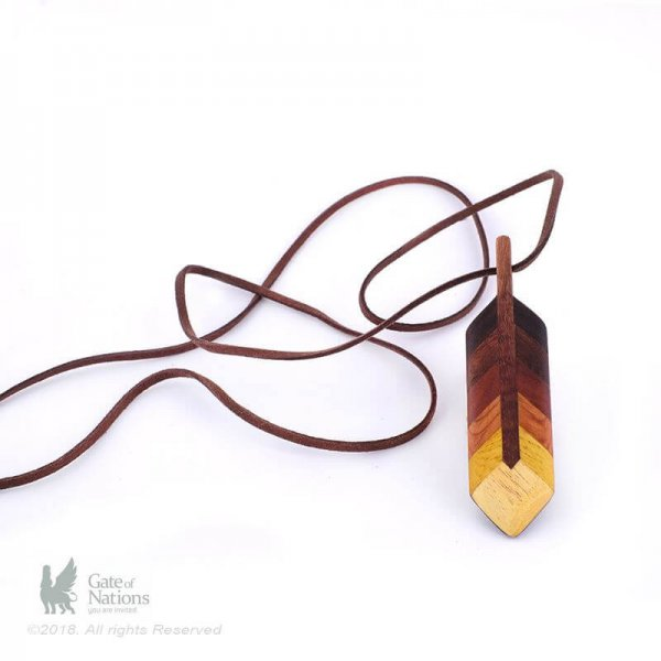 Wooden Necklace Model Feather Top Dark