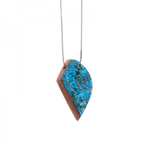 Resin And Stone Necklace Model Drop